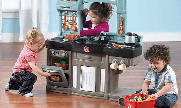 10 Best Play Kitchen for Toddler- Reviews and Buying Guide
